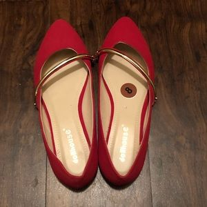 DOLLHOUSE RED FLATS
